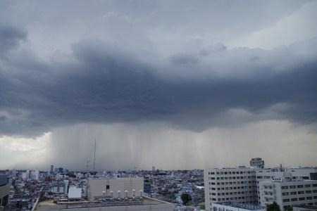 「雨 雲」の画像検索結果