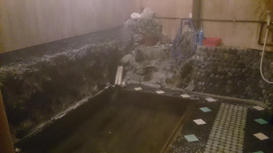 湯本楼 桧風呂