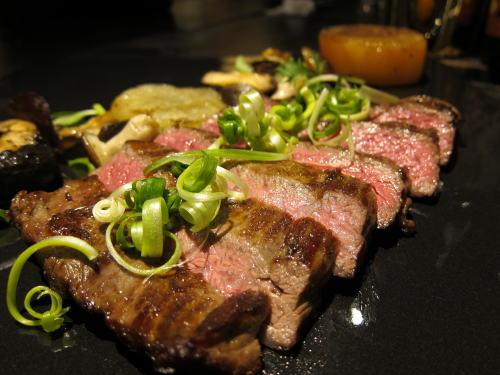 北海道産牛ハラミ肉のステーキ