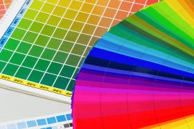 La différence entre les couleurs d'impression (imprimerie) et les couleurs d'un ordinateur