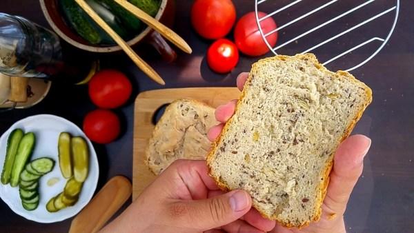 Przepis na chleb z dynią i siemieniem