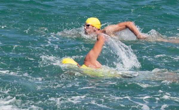 comment nager droit en eau libre