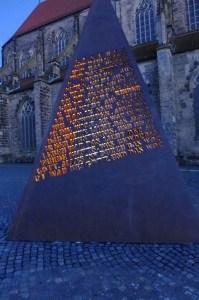 Beleuchtung Winner Skulptur (1)