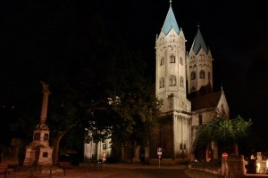 Beleuchtungsprobe St. Marien Freyburg (1)