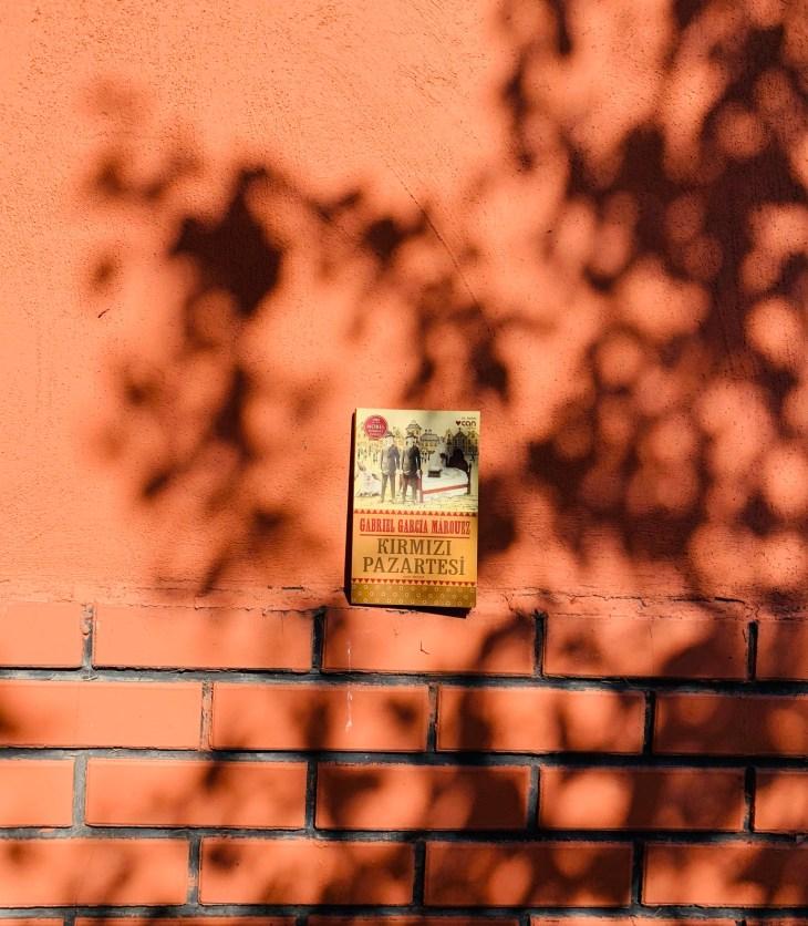 Kırmızı Pazartesi-Gabriel Garcia Marquez