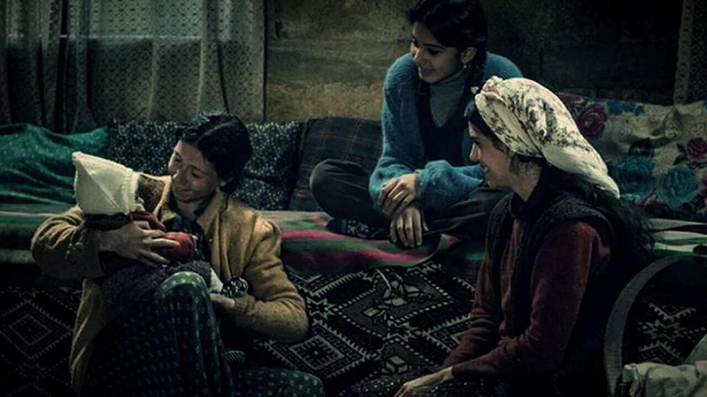 Kız Kardeşler Film Konusu Yorumu ve İncelemesi