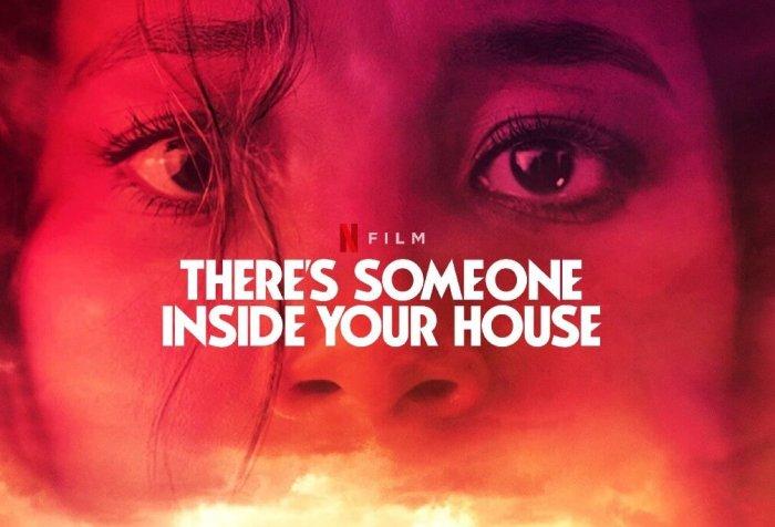 Evinde Biri Var Filmi Konusu ve Yorumu – Netflix