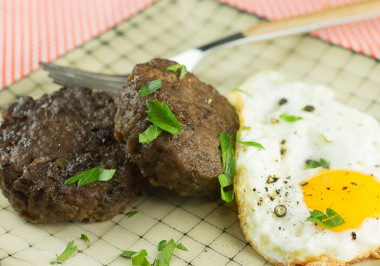 Liver-Sausage-and-Eggs.jpg
