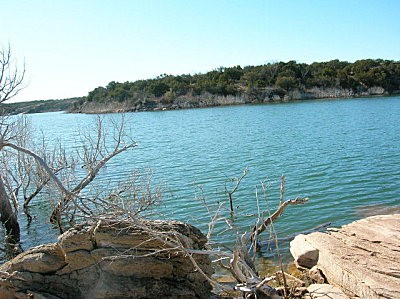 This image has an empty alt attribute; its file name is lake-alan-henry2.jpg