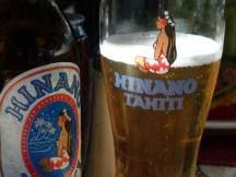 La bière de Tahiti : Hinano.