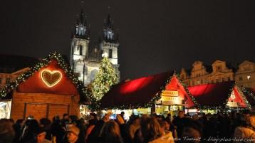 Marché de Noël, place de la Vielle-Ville.