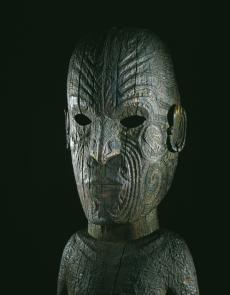 Te Papa Museum sculpture maorie