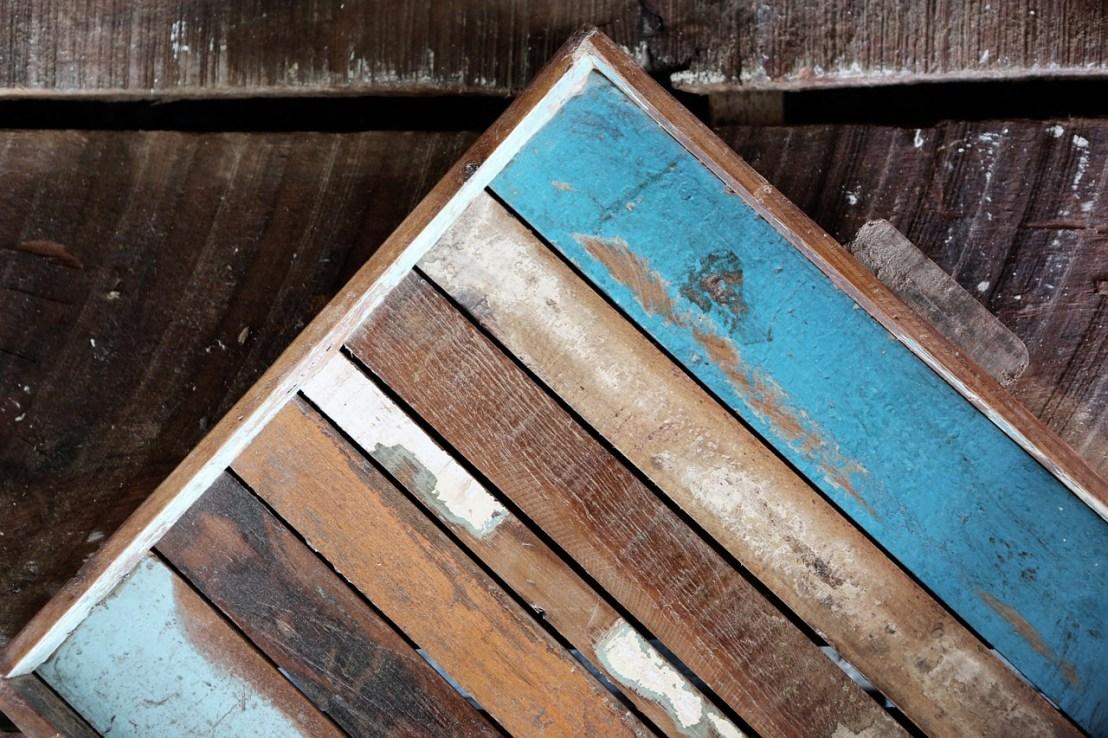 wood-569103_1280