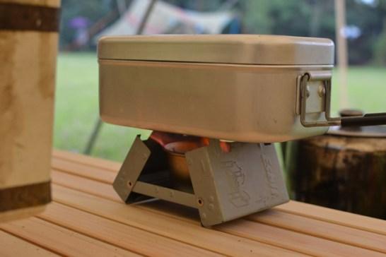 キャンプ メスティン 飯盒