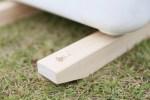 キャンプで重宝するアイテム!大切な道具を汚れから守る木製クーラースタンド!!