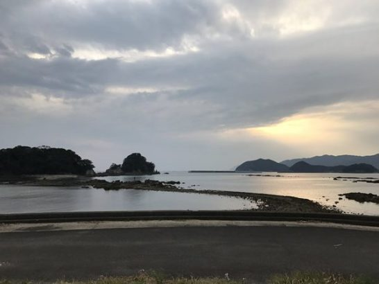 キャンプ 高知 釣り エギング 宿毛 大月 咸陽島 国民宿舎 椰子 道の駅