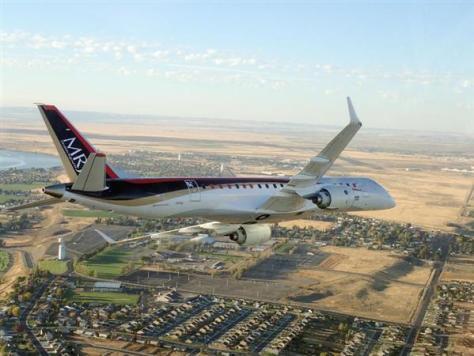 米西部ワシントン州モーゼスレイク上空のMRJ=28日(三菱航空機提供)