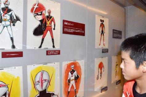 故石ノ森章太郎さんが描いた特撮ヒーローの原画=4日、宮城県石巻市の石ノ森萬画館