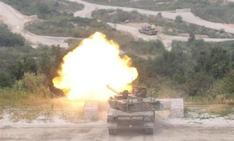 9月の演習で射撃訓練を行うK2戦車