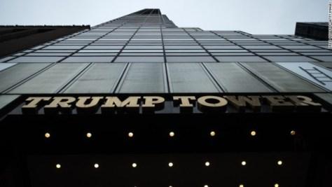 トランプタワーの外観。NYの高級住宅では「トランプ」の名前を削除することを決めた