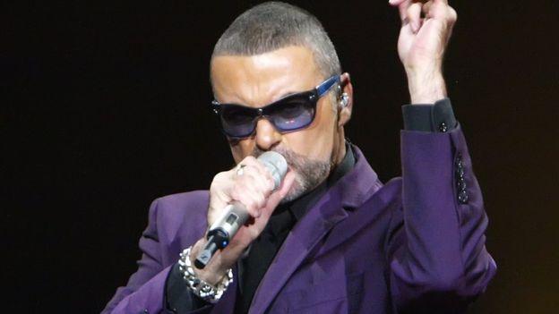元「ワム!」の英人気歌手ジョージ・マイケルさん死去 53歳 – BBCニュース