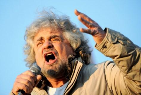 EU懐疑派の新興政党「五つ星運動」を率いるコメディアンのグリッロ氏。同党が議会で勢力を拡大すればEUへの打撃は大きい=ロイター