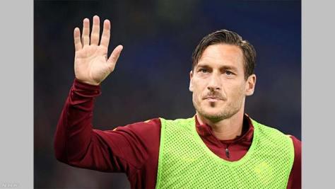 イタリア トッティ現役引退 「サッカー人生の第1章終わり」