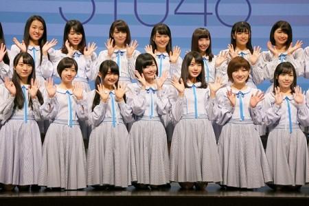 岡山での初ライブに出演した「STU48」=6月3日