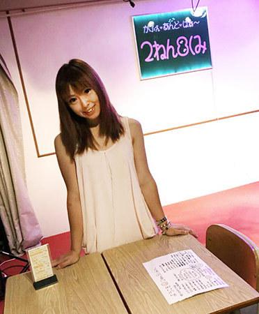 アイドルカフェ「2ねん8くみ」の店内