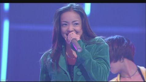 歌手の安室奈美恵さん 来年9月引退へ