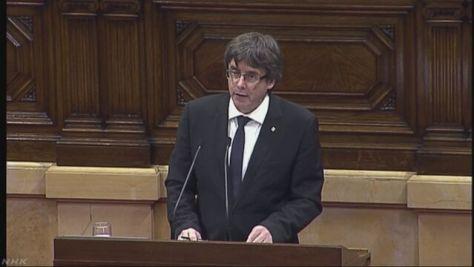 カタルーニャ州首相「独立を延期」