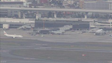 大阪空港でドローン飛行か 旅客機が着陸やり直し