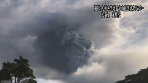 新燃岳 噴火に伴う「鳴動」を研究者が録音