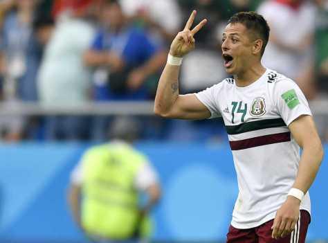 <メキシコ・韓国>メキシコの2点目を決め歓喜のエルナンデス(AP)