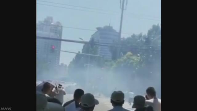 北京 大使館が集まる地域で爆発のような音 男を拘束 | NHKニュース