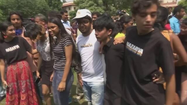 インド最高裁 刑法から同性愛者罰則削除を決定 | NHKニュース