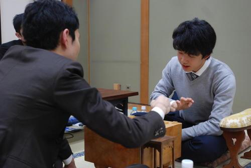 デビューから順位戦で17連勝した藤井聡太(撮影・松浦隆司)