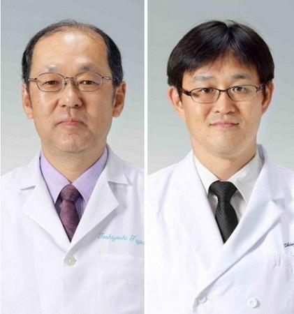 藤原俊義教授(左)と黒田新士助教
