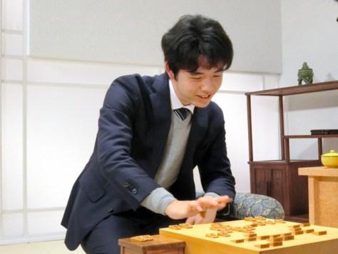 公式戦通算100勝を達成した藤井聡太七段(提供:囲碁・将棋チャンネル)