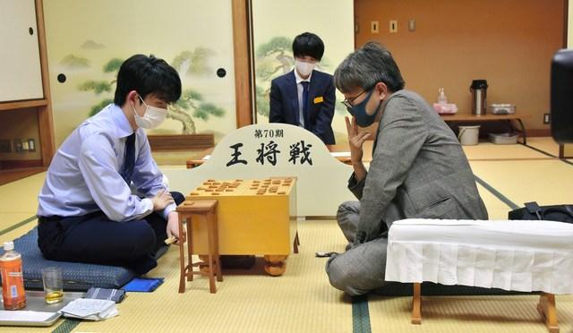 羽生善治九段が藤井聡太二冠に勝利 第70期王将戦挑戦者決定リーグ