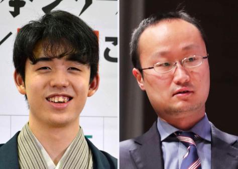 藤井聡太2冠(左)と渡辺明名人