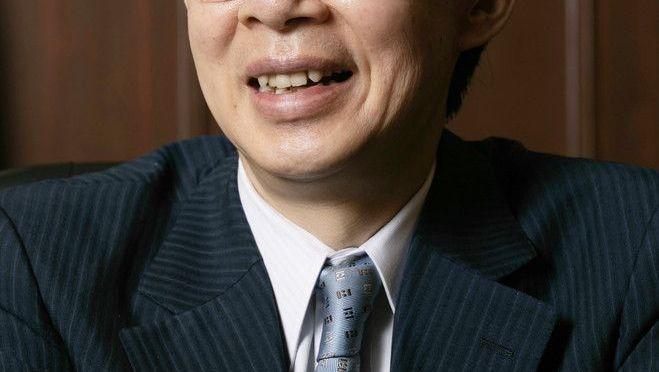 藤井聡太二冠について取材に答える将棋の谷川浩司九段=6月28日、東京都文京区