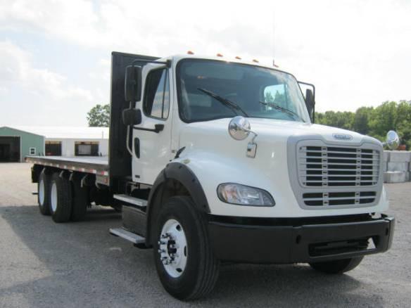 2011 Freightliner M2 112 Big 450 Horsepower Detroit