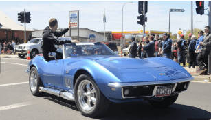 Gudgeon_Corvette_Stingray