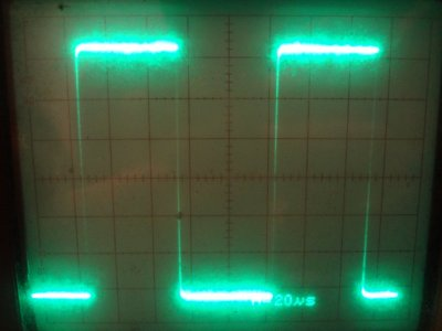 Etherkit Si5351 10 kHz waveform on the oscilloscope
