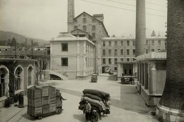 Foto storica cortile interno del cotonificio Lanerossi di Schio.