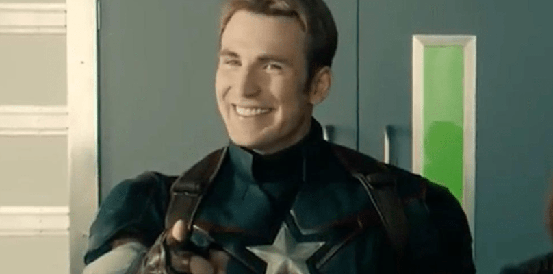 capitão américa sorrindo