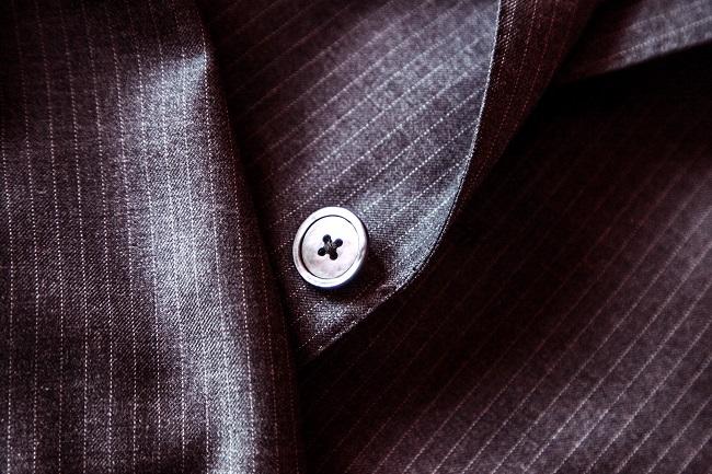 businessman-fashion-suit-jacket 650
