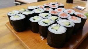sushi-2246348_1920