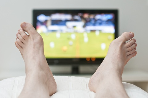 Study: Less TV, More Walking May Help Colorectal Cancer Survivors Live Longer
